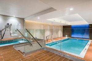 Pool - Holiday Inn Nevins Station Brooklyn