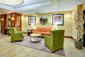 Lobby - Holiday Inn Express Hotel & Suites Fort Wayne