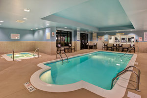 Pool - Holiday Inn Express Hotel & Suites Fort Wayne