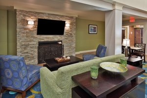Lobby - Holiday Inn Express Hotel & Suites University