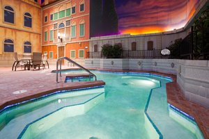 Pool - Holiday Inn Hotel & Suites Maple Grove