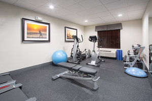 Fitness/ Exercise Room - Holiday Inn Express Hotel & Suites Concordia