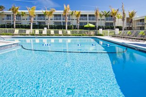 Pool - Holiday Inn Express Oceanview Juno Beach