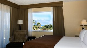 Room - Holiday Inn Express Oceanview Juno Beach