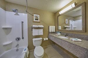 - Holiday Inn Express Springfield