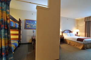 Suite - Holiday Inn Express Hotel & Suites Erie