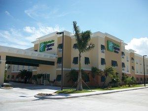 Exterior view - Holiday Inn Express Hotel & Suites Marina Marathon