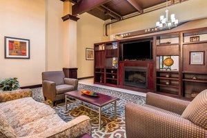 Lobby - Holiday Inn Gurnee Convention Center