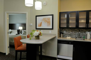 Room - Staybridge Suites St Petersburg