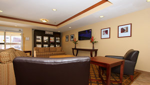 Lobby - Candlewood Suites Airport Kansas City