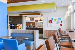 Restaurant - Holiday Inn Express Hotel & Suites Union Gap