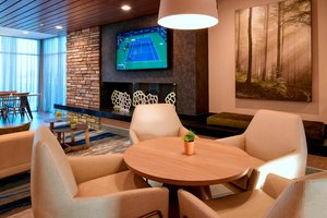 Lobby - Fairfield Inn & Suites by Marriott Columbus