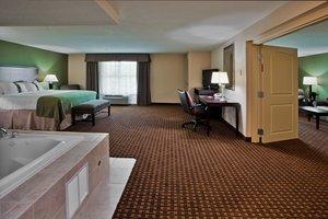 Suite - Holiday Inn LPGA Daytona Beach