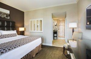 Suite - Crowne Plaza Hotel Orlando