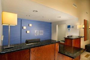 Lobby - Holiday Inn Express Hotel & Suites Manassas