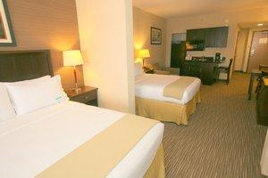Room - Holiday Inn Express Hotel & Suites Chula Vista