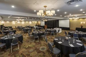 Ballroom - Holiday Inn MacLeod Trail Calgary