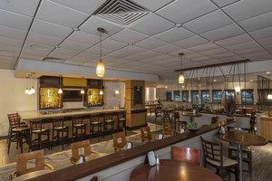 Bar - Holiday Inn MacLeod Trail Calgary