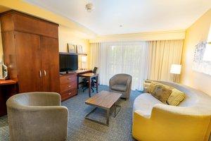 Suite - Courtyard by Marriott Hotel Kingston