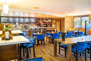 Restaurant - Courtyard by Marriott Hotel Kingston