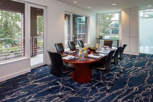 Meeting Facilities - River's Edge Hotel Portland