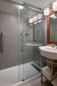 Room - Marriott Hotel Saddle Brook