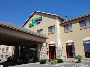 Exterior view - Holiday Inn Express Hotel & Suites Olathe