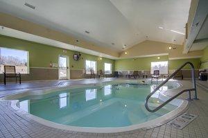 Pool - Holiday Inn Express Hotel & Suites I-435 Kansas City
