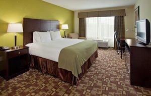 Room - Holiday Inn Express Hotel & Suites I-435 Kansas City