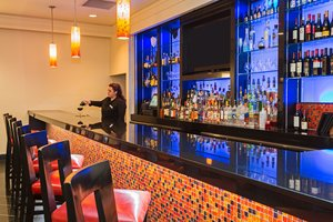 Bar - Crowne Plaza Hotel Kenner