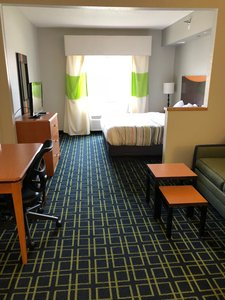 Suite - Country Inn & Suites by Radisson Brookings