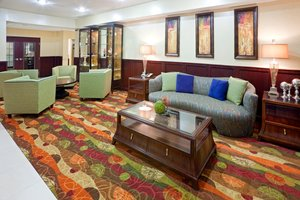 Lobby - Holiday Inn Express Hotel & Suites Lubbock