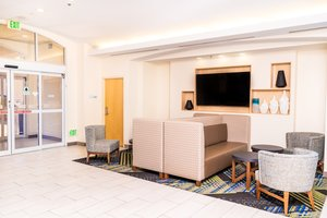 Lobby - Holiday Inn Express Hotel & Suites I-215 Las Vegas