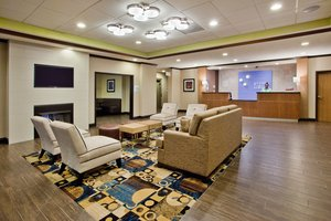 Lobby - Holiday Inn Express Hotel & Suites Lake Lanier Buford
