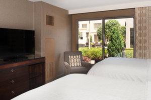 Room - Sheraton Hotel Rocky Hill