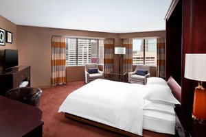 Suite - Sheraton Inner Harbor Hotel Baltimore