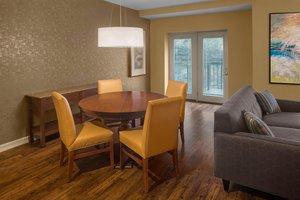 Suite - Sheraton Suites Cuyahoga Falls