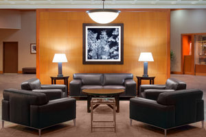 Lobby - Sheraton Hotel Lakewood