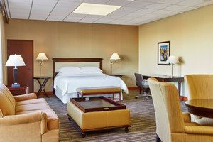 Suite - Sheraton Hotel Lakewood