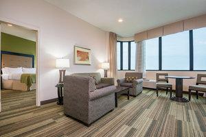 Suite - Holiday Inn Westbank Espressway Gretna
