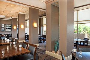 Restaurant - Sheraton Suites Country Club Plaza Kansas City