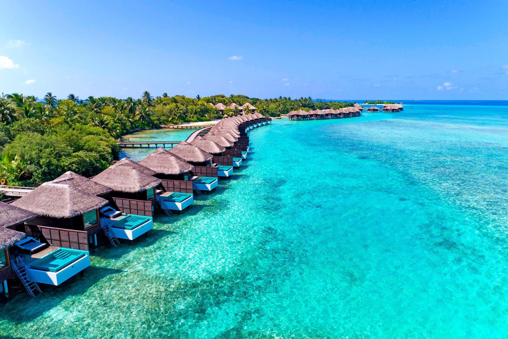 Sheraton Maldives Full Moon Resort and Spa