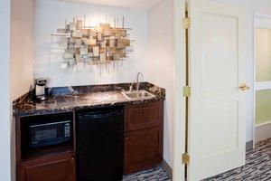 Suite - Sheraton Hotel Woodbury