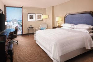 Room - Sheraton Hotel New Orleans