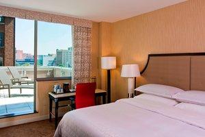 Room - Sheraton Hotel Brooklyn Heights