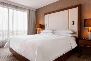 Suite - Sheraton Hotel Saint Hyacinthe
