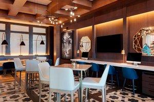 Bar - Sheraton Hotel Saint Hyacinthe