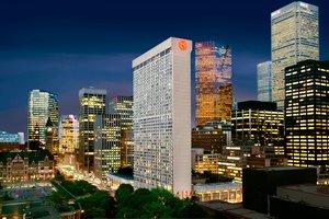 Exterior view - Sheraton Hotel Centre Toronto