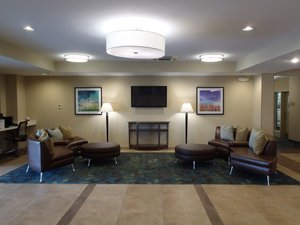 Lobby - Candlewood Suites Farmers Branch