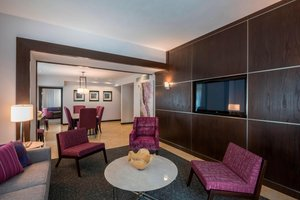 Suite - Courtyard by Marriott Hotel Downtown Tulsa